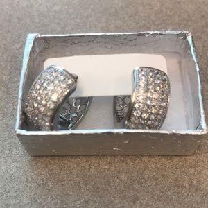 Jewelry - 18k White Gold CZ Huggie Earrings